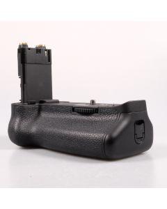 Used Canon BG-E11 Battery Grip for EOS 5D Mark III & EOS 5Ds R