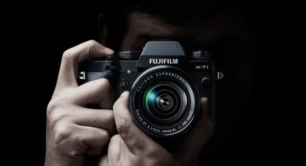 Fujifilm X-T1. The Retro DSLR Style Camera with X-Factor