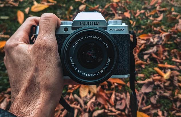 best budget cameras, Fujifilm XT200
