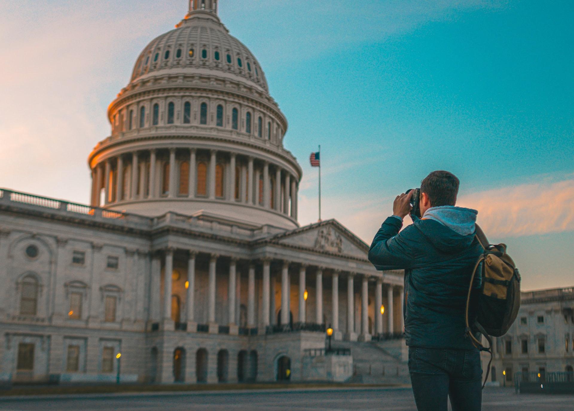 photographer taking scenic photo, best cameras for instagram