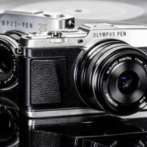 This PEN is so Write - The NEW E-P5 - 1960's Retro CSC from Olympus